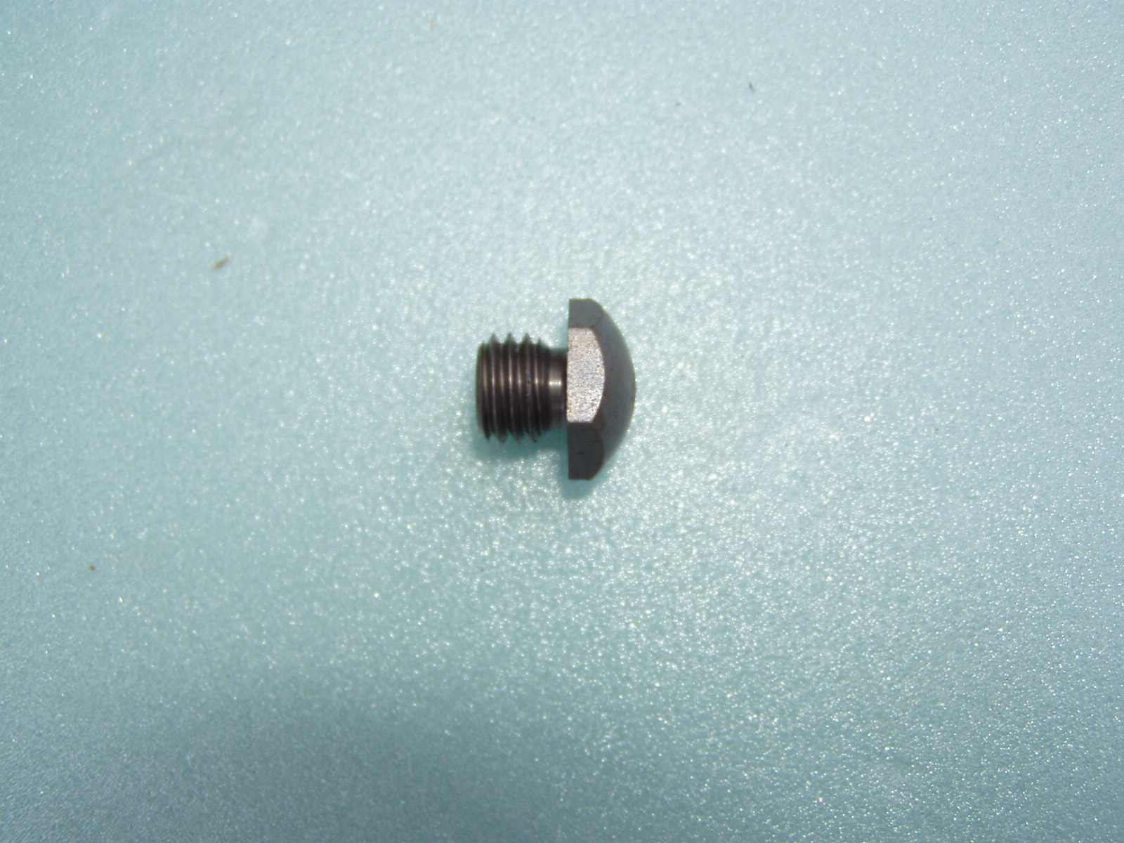 Šroub opěrný-čočka 301 MF 70